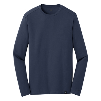 New Era ® Heritage Blend Long Sleeve Crew Tee